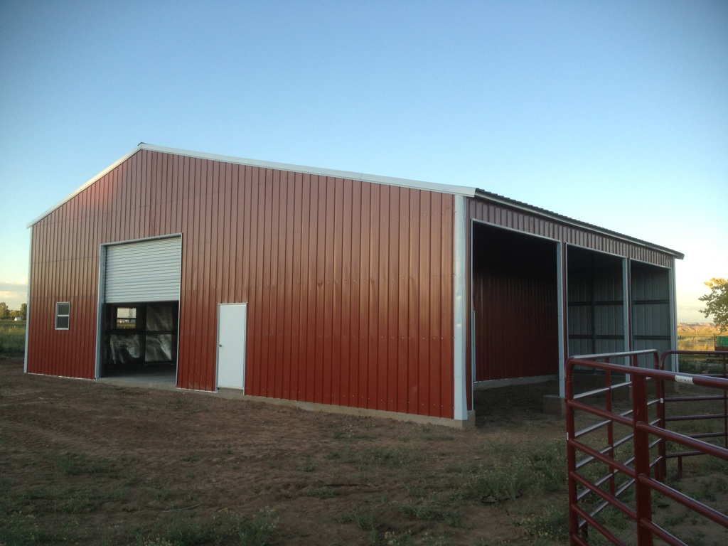 Steel barns metal farm buildings agricultural building kits for Metal barn pictures