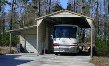 <p>Metal RV Shelter with Boxed Eave Roof</p>