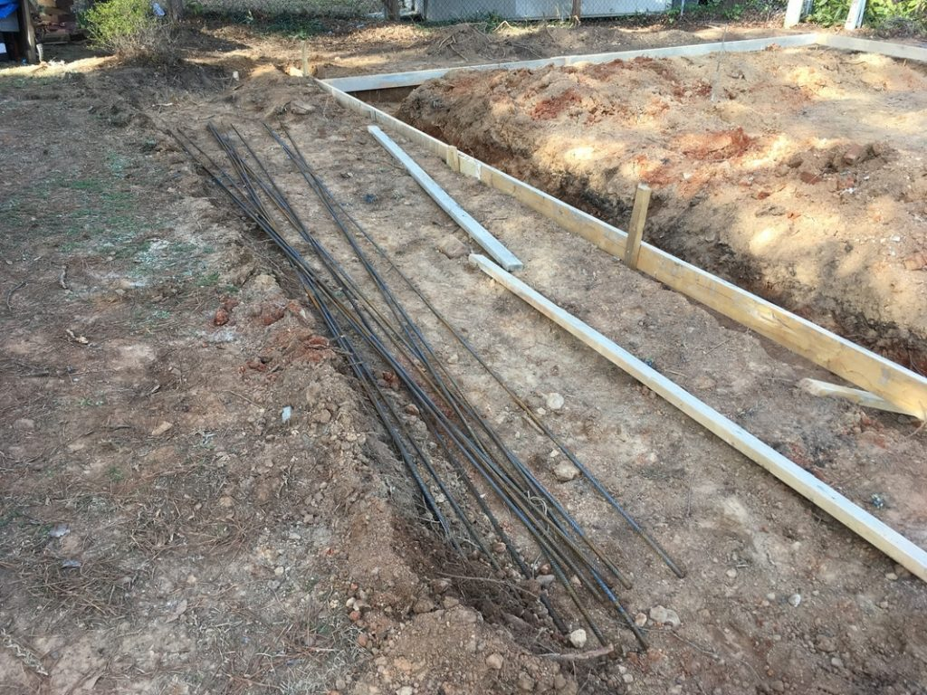 Concrete footing rebar garage building