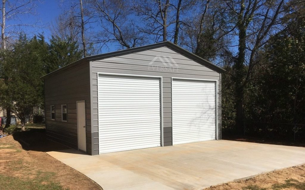 24x30 garage in Grey