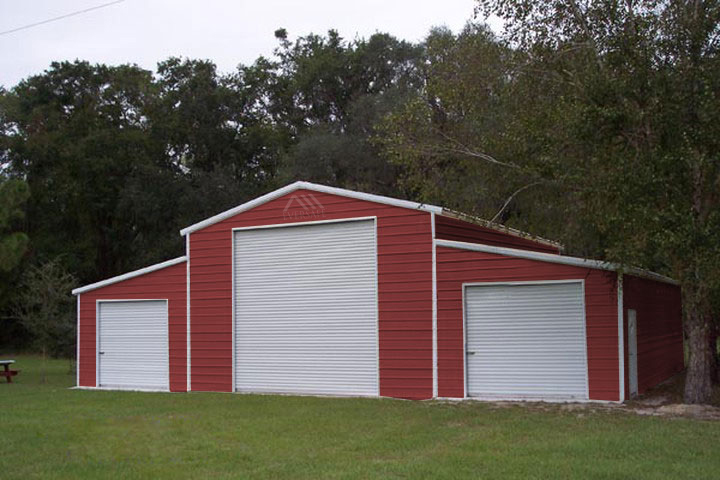 Monitor Barn in Red