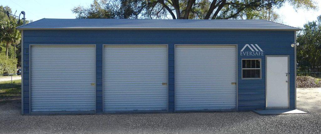 3 Car Garage w/ Side Entry